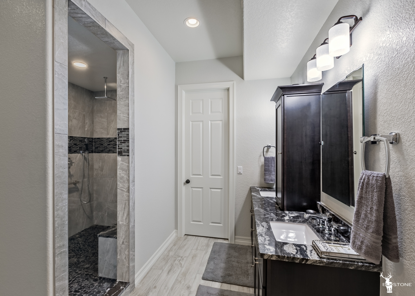 3044ElkCanyon-Bathroom-02